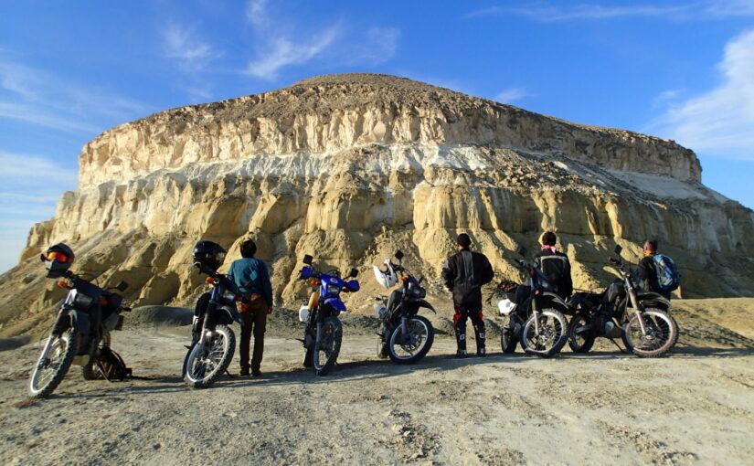 カザフスタン 中央アジアの知られざる秘境 ウスチュルト台地を駆ける 9日間