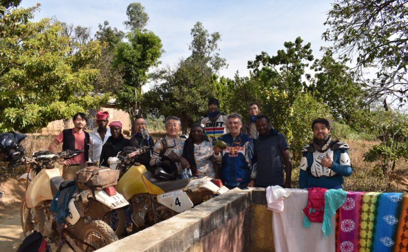 西アフリカ7ヵ国横断 40日間ツアー 途中報告 @コートジボワール〜ギニア