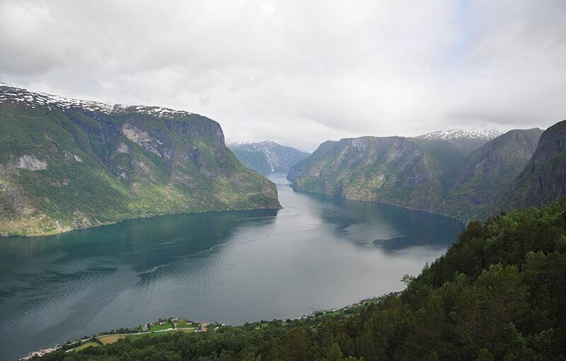 ノルウェー 美しきフィヨルドとワインディングロード10日間 添乗レポート(前編)